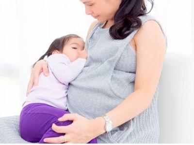 7 أعراض تدل على حملك في فترة الرضاعة
