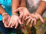 ما هي آثار عمالة الأطفال على المجتمع؟