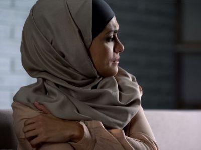 آثار العنف النفسي ضد المرأة: تعرف عليها