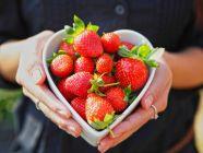 10 أنواع فواكه مفيدة لصحة القلب