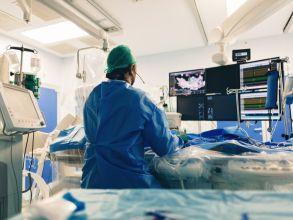 كيف تتم عملية قسطرة القلب: أهم المعلومات قبل، أثناء وما بعد العملية