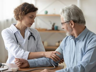تشخيص الذبحة الصدرية وأهم الفحوصات