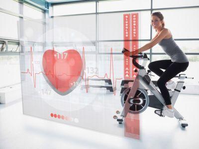 ما العلاقة بين عدد دقات القلب وحرق الدهون؟