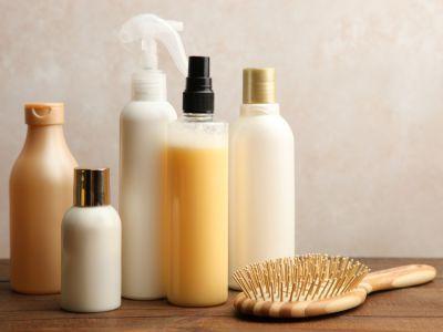 كيفية اختيار شامبو لوقف تساقط الشعر وأشهر الأنواع التجارية