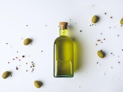 هل يفيد زيت الزيتون في علاج القمل؟