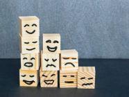 كيف أعبّر عن مشاعري؟ خيارات منوعة للتعبير عن