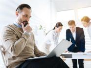 ما هي التحديات التي تواجهك أثناء العمل؟ وكيف تتخطاها؟