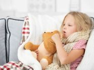 السعال لدى الأطفال: الأسباب وطرق العلاج
