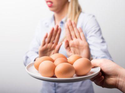 حساسية البيض: الأعراض، الأسباب والعلاج
