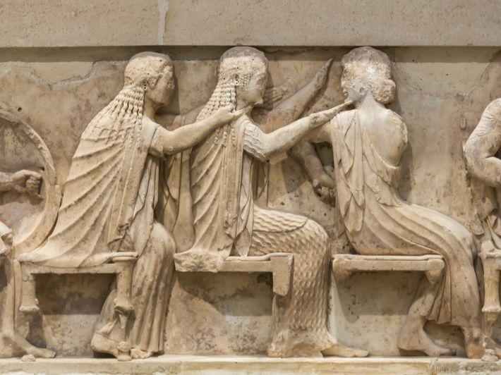 ما هي عوامل قيام الحضارة اليونانية؟