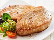 القيمة الغذائية للتونة الطازجة، والمعلبة، والمطبوخة