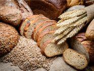 خبز الحبوب الكاملة، الأنواع والحصص الغذائية والسعرات الحرارية