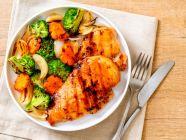 غداء صحي: طريقة عمل دجاج مشوي مع الخضار مناسبة للريجيم