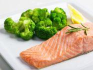 غداء كيتو: طريقة تحضير سمك السلمون مع البروكلي