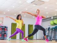 كم سعرة حرارية تحرق رياضة الزومبا، وهل تفيد في خسارة الوزن؟