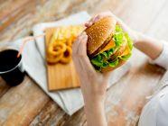ما هي الأطعمة الممنوعة والمسموحة لمرضى تكيس المبايض