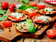 وصفة غداء لو كارب: طريقة تحضير البيتزا بالباذنجان
