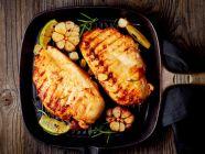 وصفة غداء لو كارب: طريقة تحضير الدجاج بالثوم