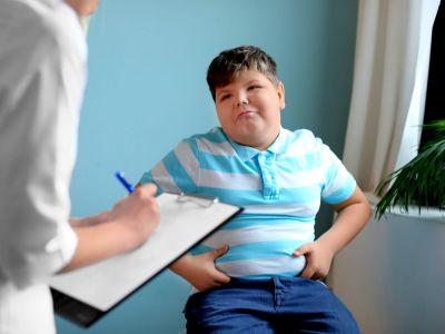 سمنة الأطفال: أسبابها وعلاجها وطرق الوقاية منها