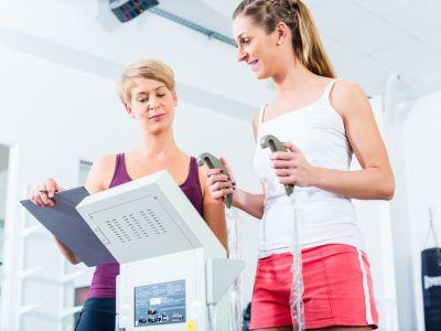 ما هو جهاز قياس الوزن ونسبة الدهون، وما هي دقته؟