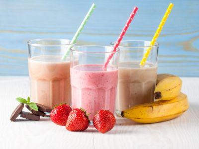 مشروبات صحية: كوكتيل الفواكه الاستوائية مع اللبن