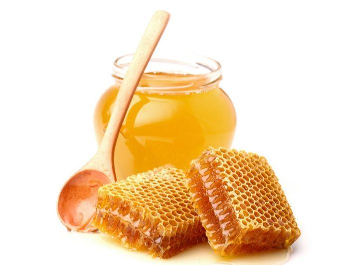 بالجدول: القيمة الغذائية للعسل