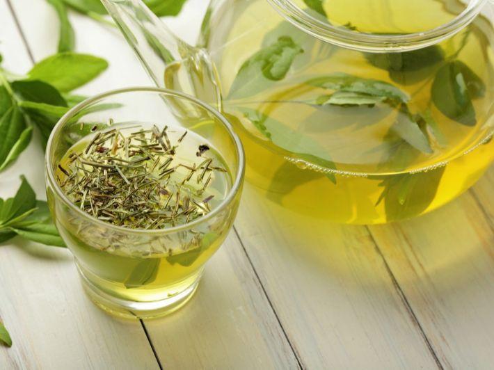 كم يحرق الشاي الأخضر من السعرات الحرارية؟