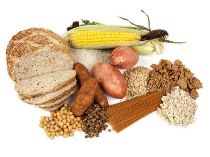 هل يجب تناول النشويات أثناء تخفيف الوزن؟