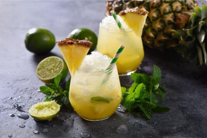 طريقة عمل كوكتيل الأناناس والليمون، خطوة بخطوة