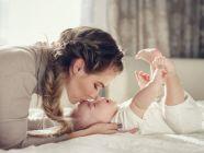 كم ساعة ينام الرضيع بدون رضاعة؟