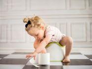 10 نصائح لتدريب الطفل على الحمام بسهولة، وما هو العمر المناسب؟