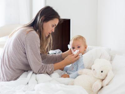 البلغم عند الرضع: الأسباب والعلاج