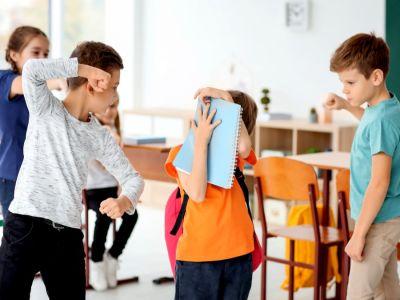 التنمر في المدرسة وكيف أحمي طفلي منه