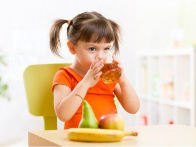فوائد عصير التفاح للأطفال والكمية المسموحة يومياً