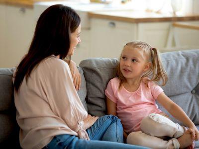 كيف تعلمي طفلك حماية نفسه من التحرش