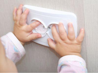 لتحويل منزلك إلى مكان آمن لطفلك الصغير: 5 أماكن انتبهي لها