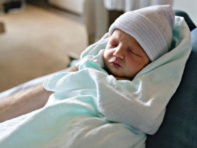 ما هي أسباب نقص وزن حديثي الولادة؟