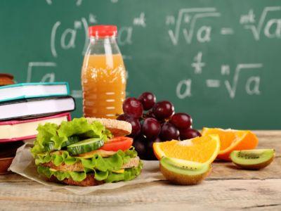 وجبات صحية لأطفال المدرسة وأفكار منوعة لتحضير اللانش بوكس