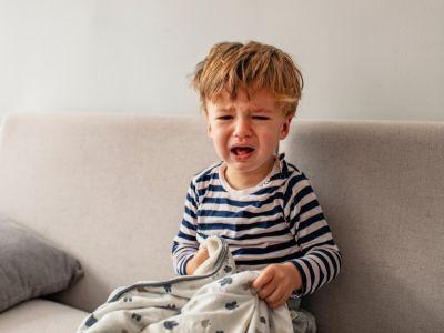 10 خطوات للتعامل مع نوبات غضب الأطفال