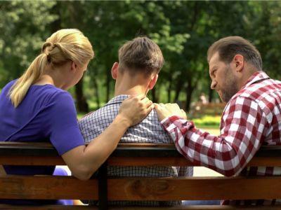 10 مهارات لتربية الأبناء في فترة المراهقة، ذكور وإناث