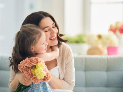 5 نصائح تساعدك على أن تكوني صديقة لأطفالك