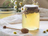 كيف أستخدم العسل لتنعيم الشعر؟