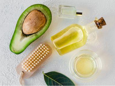 آثار جفاف الشعر وطرق العناية بالشعر الجاف