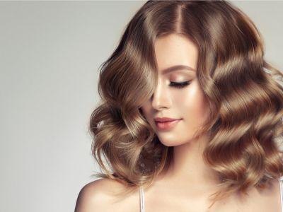 حيل لتخفيف لون صبغة الشعر