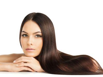 5 وصفات لتنعيم الشعر وفرده وتطويله