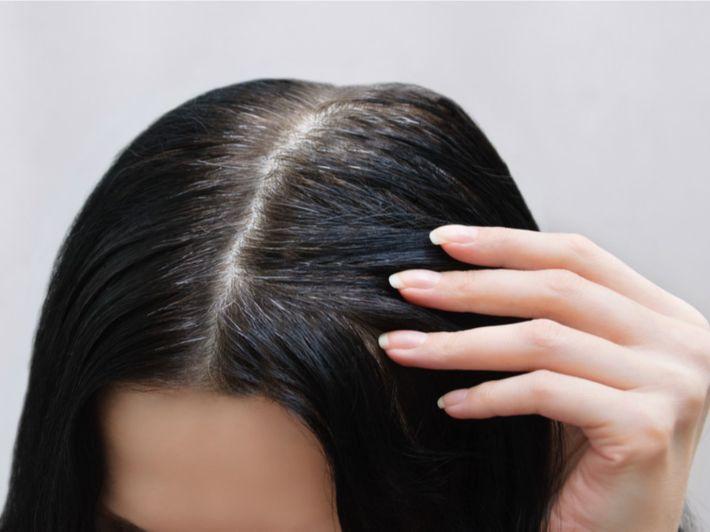 أفضل الطرق لتخفيف شيب الشعر