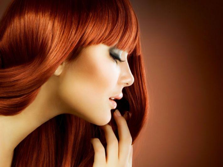 كم مدة وضع الحناء على الشعر للحصول على أفضل نتيجة؟