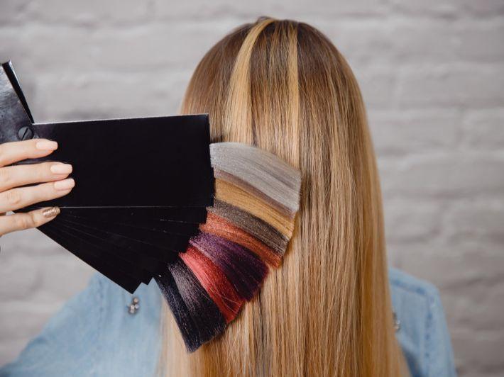 كيف أجهز شعري للصبغة؟