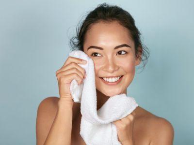 كيفية إزالة شعر الوجه بالوصفات الطبيعية