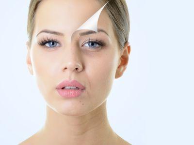 كيف تتخلصين من بقع الوجه الداكنة بالوصفات الطبيعية؟